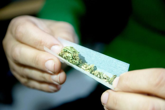 Top-6-Reasons-Why-People-Are-Using-Weed